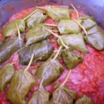Dolmadakia mit Fleisch gefüllt