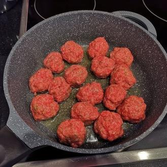 Fleischbällchen mit Mozzarella 1