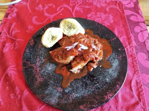 Pulled Pork mit Rotwein-Zwiebelsauce 4