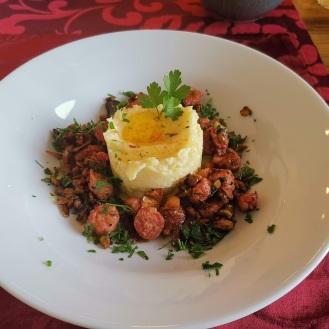 Salsiccia mit Eierschwammerl 3