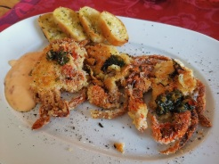 Soft shell crabs 11