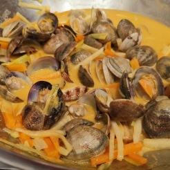 Venusmuscheln in Currysauce 4