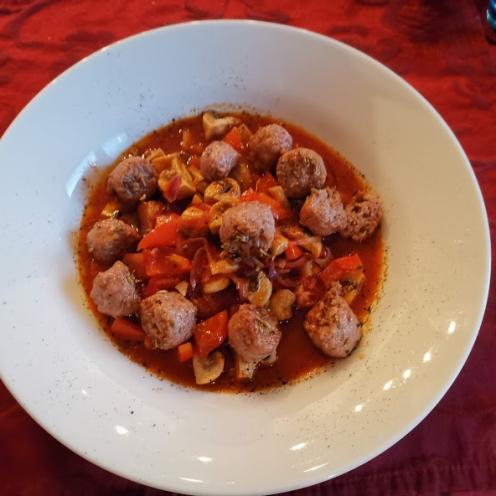 Salsiccia in Fenchel-Tomatensauce mit Gemüse 1