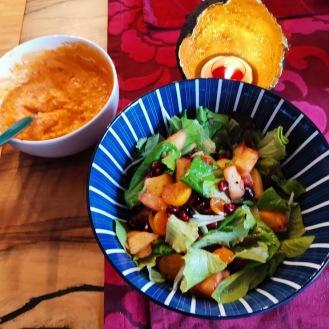 Garnelen in Kokospanade mit Kokosjoghurtsauce und buntem Salat 5
