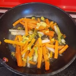 Entenkeulen mit Feigen auf Gemüsepüree 4