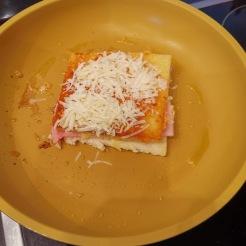 Der ultimative Käse Schinken Toast 4